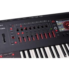 ROLAND FANTOM 6 workstation synth 61 keys