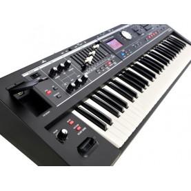 ROLAND VR09B combo organ